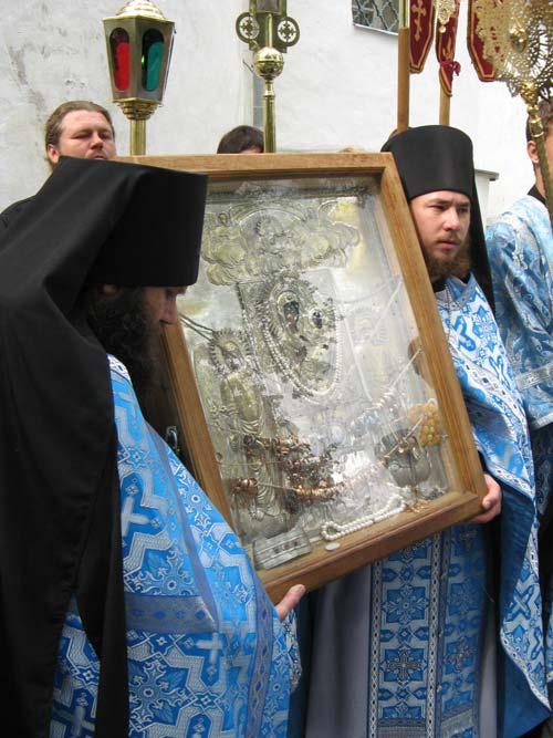 """Святогорская икона П.Б. """"Одигитрия"""" на крестном ходе"""